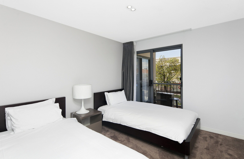 Astra Apartments - The Griffin, Kingston