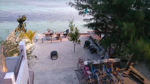 Penginapan Aboy, Thousand Islands