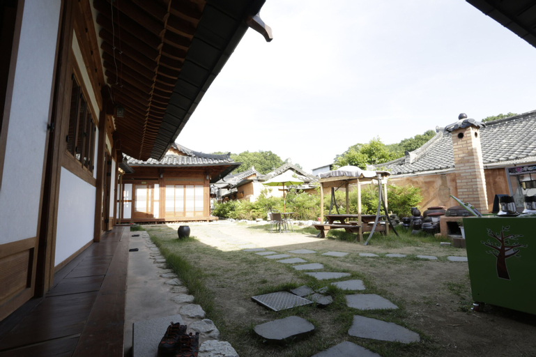 Jeonju Hanok Village Seoro, Jeonju