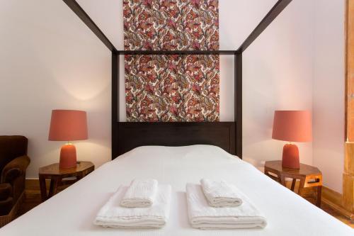 Lost Lisbon :: Chiado Rooms, Lisboa
