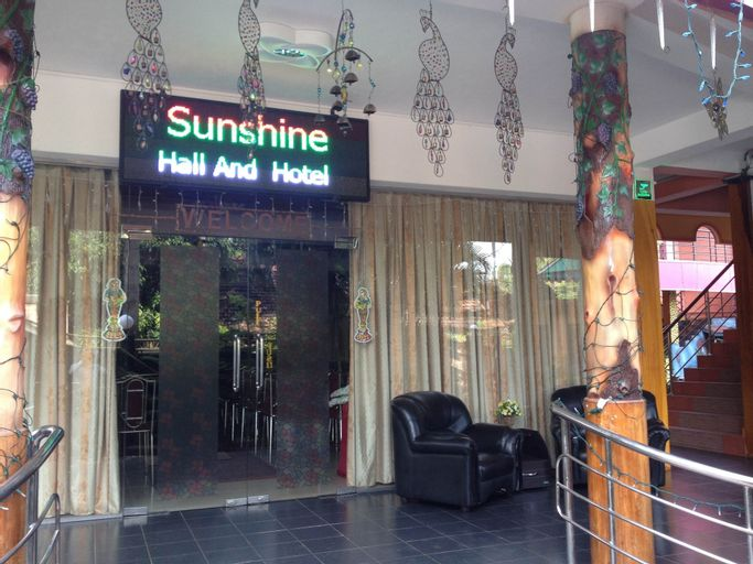 Sunshine Hotel & Hall, Trincomalee Town and Gravets