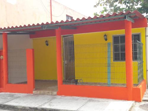 Casa Familiar Cerca de Zona Comercial, Coatzacoalcos