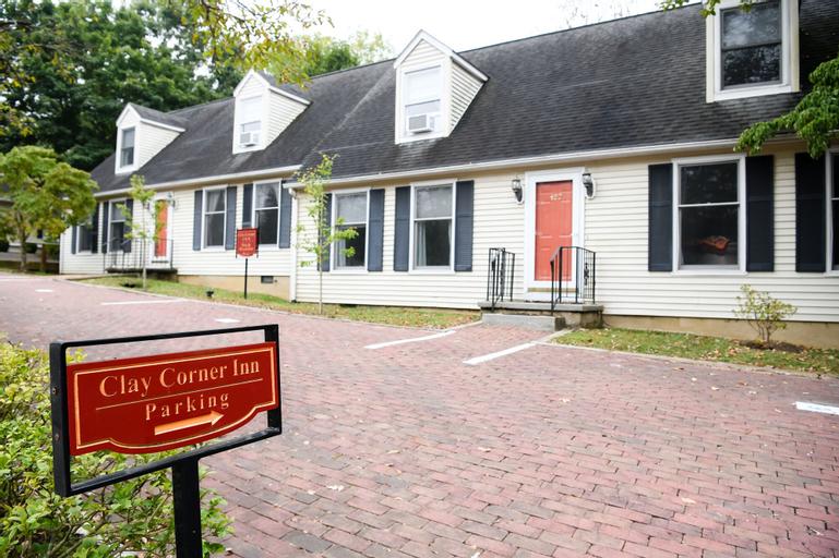Clay Corner Inn, Montgomery