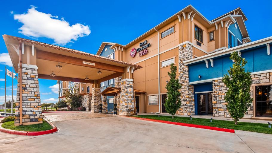 Best Western Plus Emerald Inn & Suites, Finney
