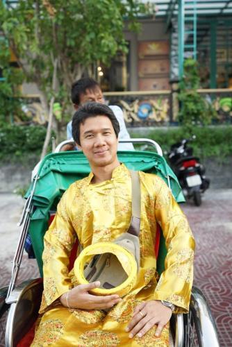 Bee, Buang Sam Phan