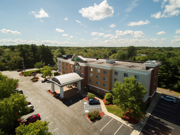 Holiday Inn Express Hotel & Suites Middleboro Raynham, Plymouth