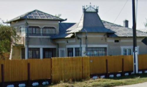 Casa vacanta, Selaru
