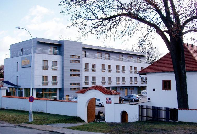 Hotel Meritum, Praha 6