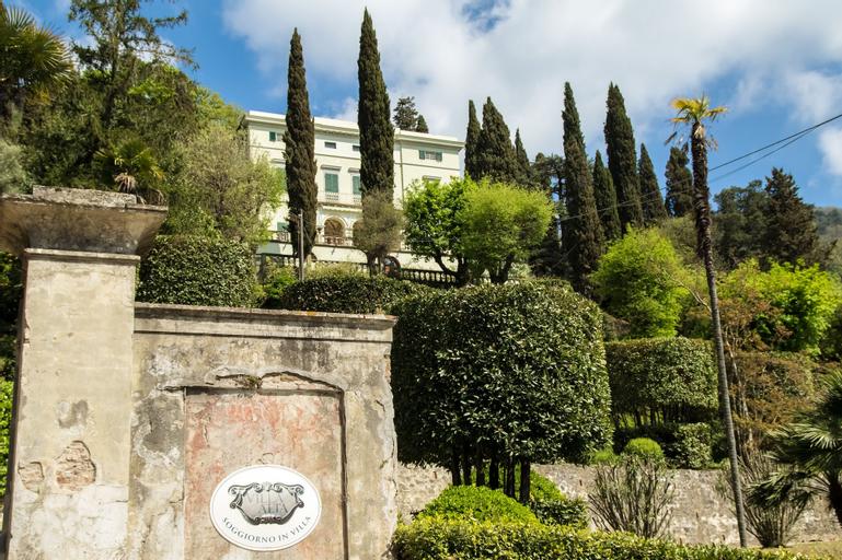 Villa Alta - Residenza d'epoca con piscina, Pisa