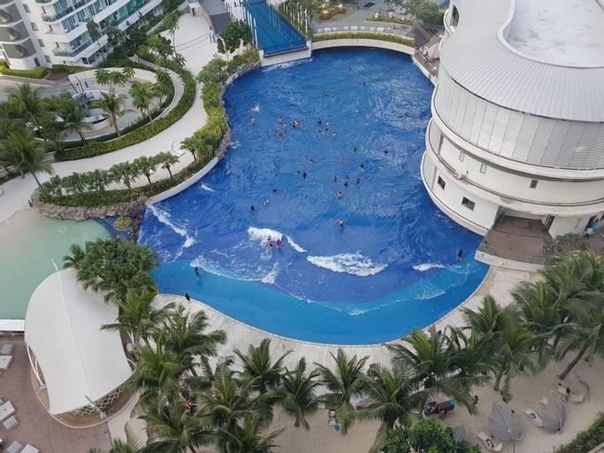 Maui Condotel @ Azure Urban Resort Residence, Taguig