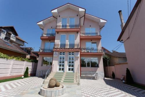 Vila Balan, Costinesti