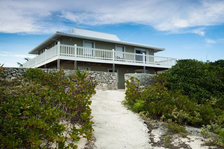 Caribbean Sea Breeze Villas,