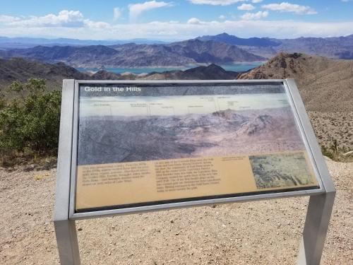 Upgraded RV getaway near Grand Canyon Skywalk, Mohave