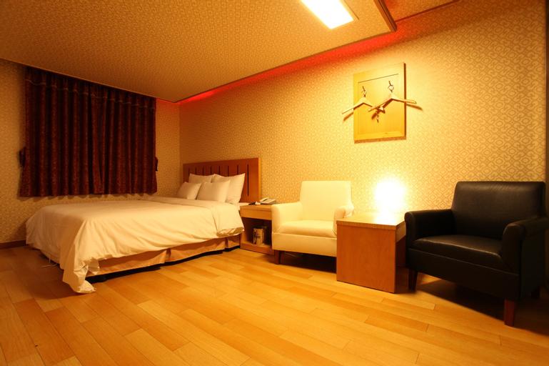 Prince Hotel, Gangnam