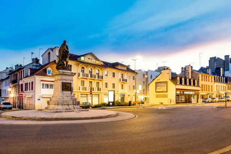 Quality Hotel Pau Centre Bosquet, Pyrénées-Atlantiques