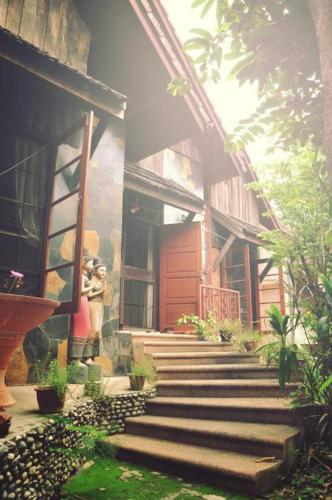Noey's j home, Muang Samut Prakan
