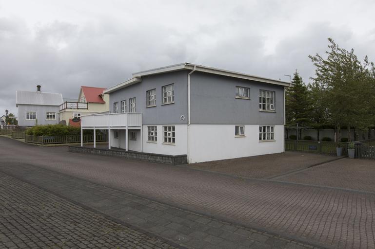 A. Bernhard Guesthouse, Reykjanesbær