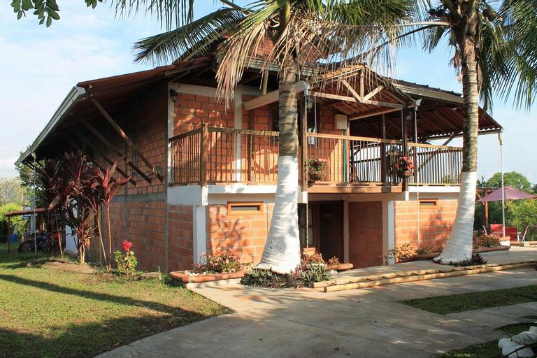 Entrepalmas Casa Hotel, Pereira