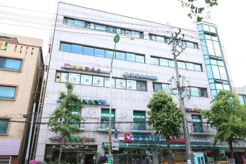 Happyhouse, Seongbuk