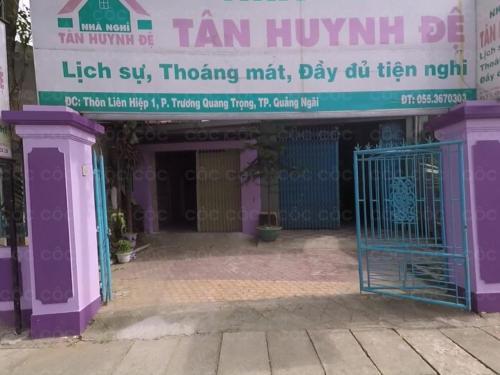 Tan Huynh Đe, Sơn Tịnh