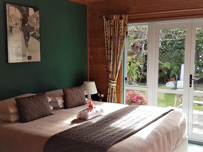 Tatahi Lodge Beach Resort, Thames-Coromandel