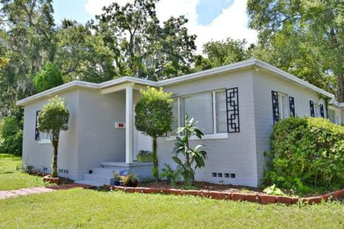 PERFECT VACATION HOME IN DOWNTOWN ORLANDO !!, Orange