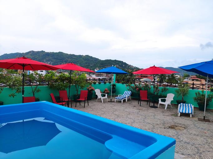 Hotel Savaro, José Azueta