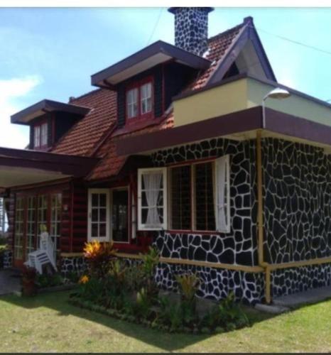 Villa tretes, Pasuruan