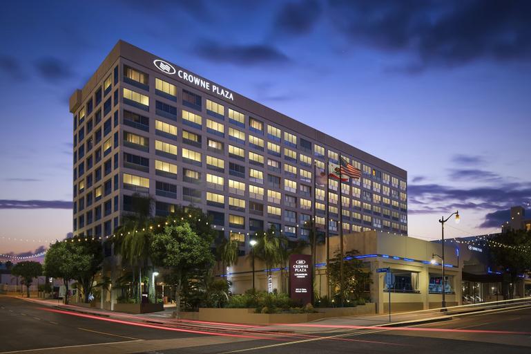 Crowne Plaza Los Angeles Harbor Hotel, Los Angeles