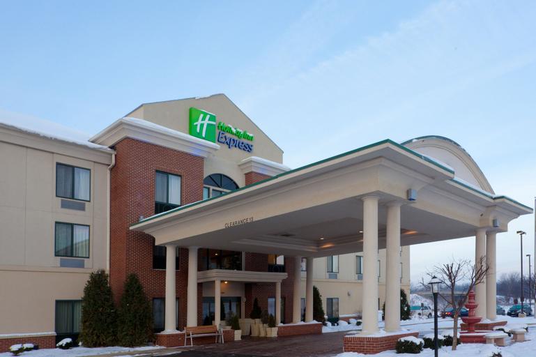 Holiday Inn Express Newton Falls, Trumbull
