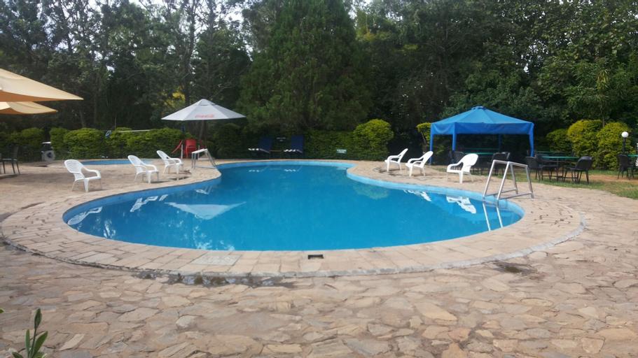 White Castle Hotel Arua, Vurra