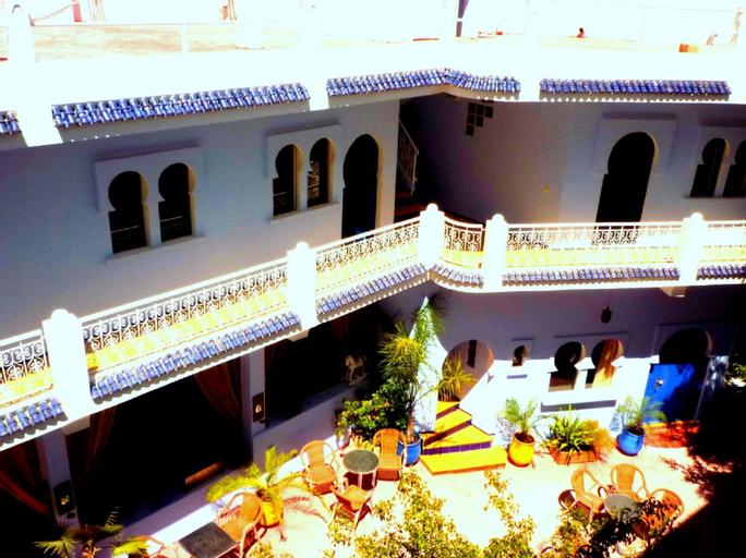 Dar Omar Khayam, Tanger-Assilah