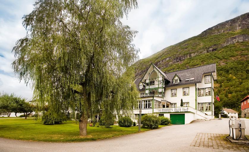 Hjelle Hotel, Stryn