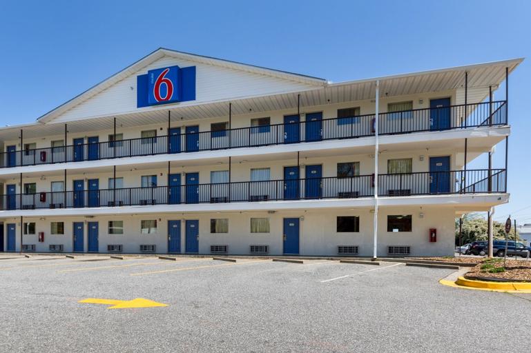 Motel 6 Greenville SC, Greenville