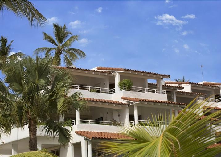 Royal Glitter Bay Villas,