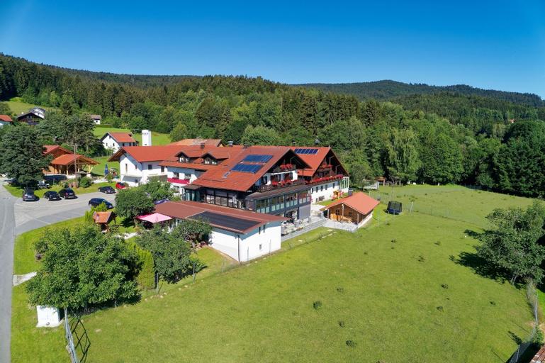 Hotel Hirschenstein, Regen