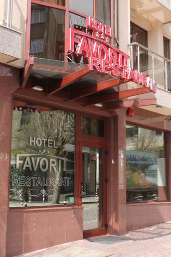 Favorit Hotel, Stolichna