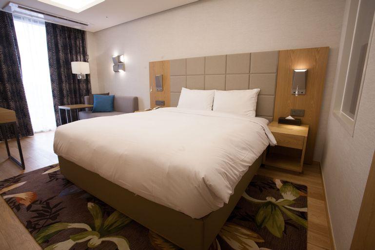 Hotel Charis, Gyeyang