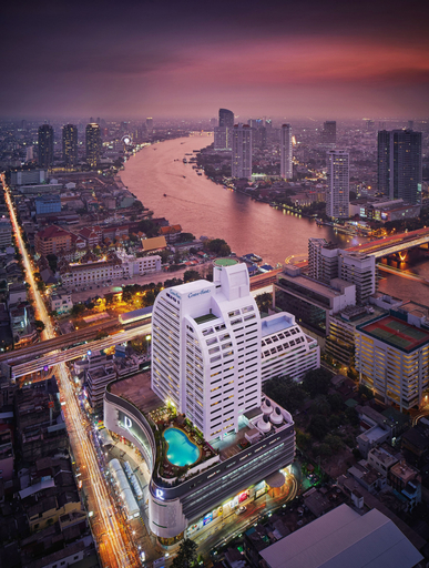Centre Point Silom, Sathorn