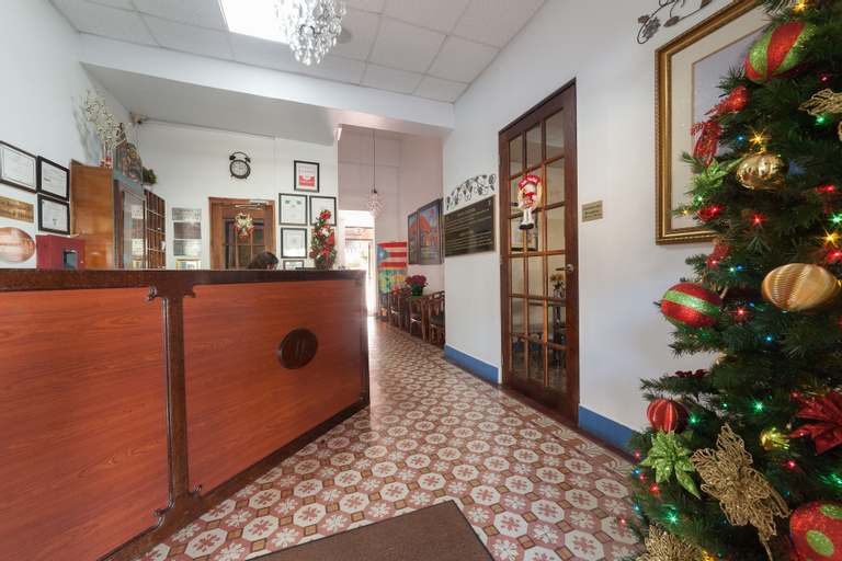 Hotel Colonial,