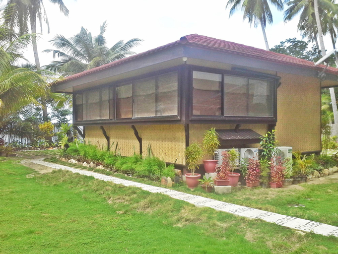 Foxy's Beach Resort (Pet-friendly), San Vicente