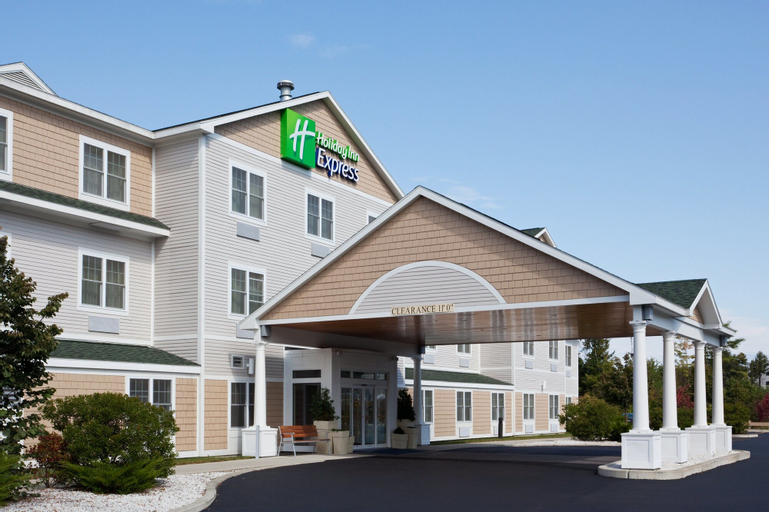 Holiday Inn Express Hotel & Suites Freeport, Cumberland