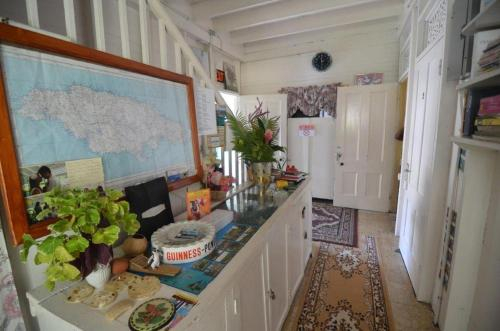 Holiday Home - Guest House,