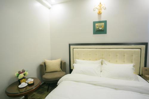 Pham Ha Hotel, Hải An