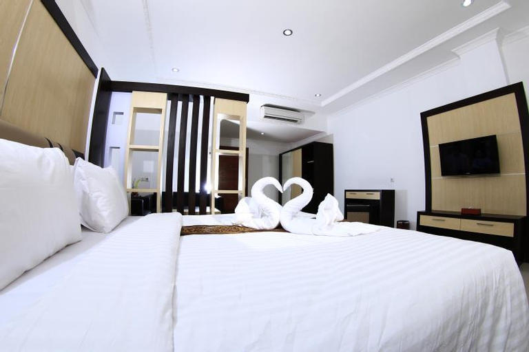 My All Hotel & Entertainment, Padang