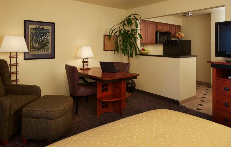 Larkspur Landing Roseville - An All-Suite Hotel, Placer