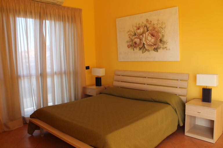 La Maison Jolie, Roma