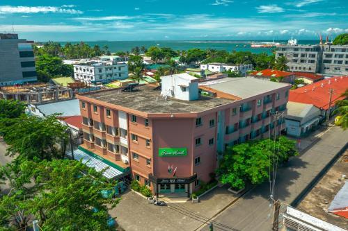 Java Hotel, Atsinanana