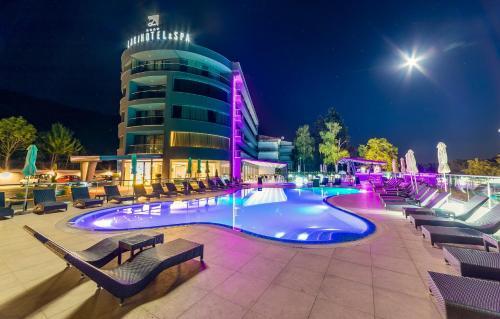 Laki Hotel & Spa,
