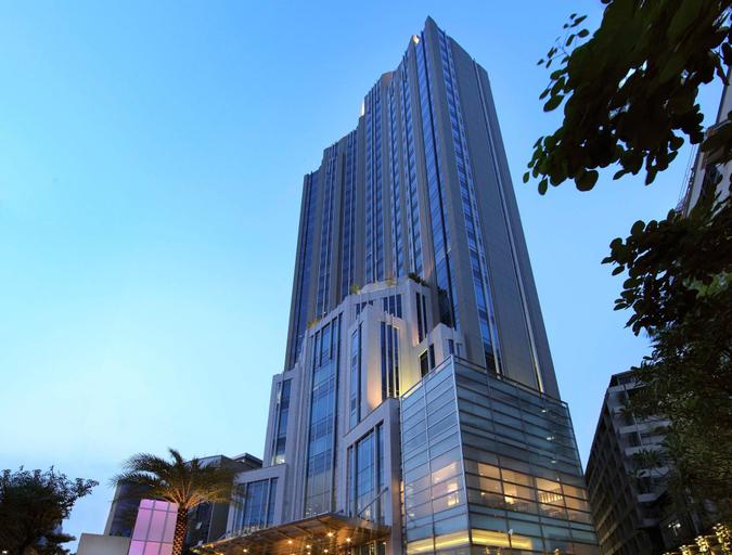 Sofitel Bangkok Sukhumvit Hotel, Wattana